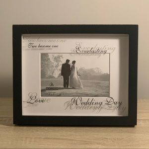 Wedding day picture frame